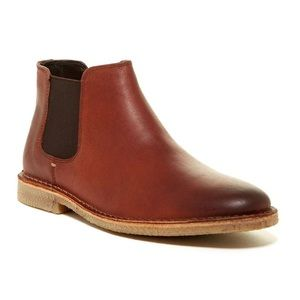 NWT- Kenneth Cole chelsea boots